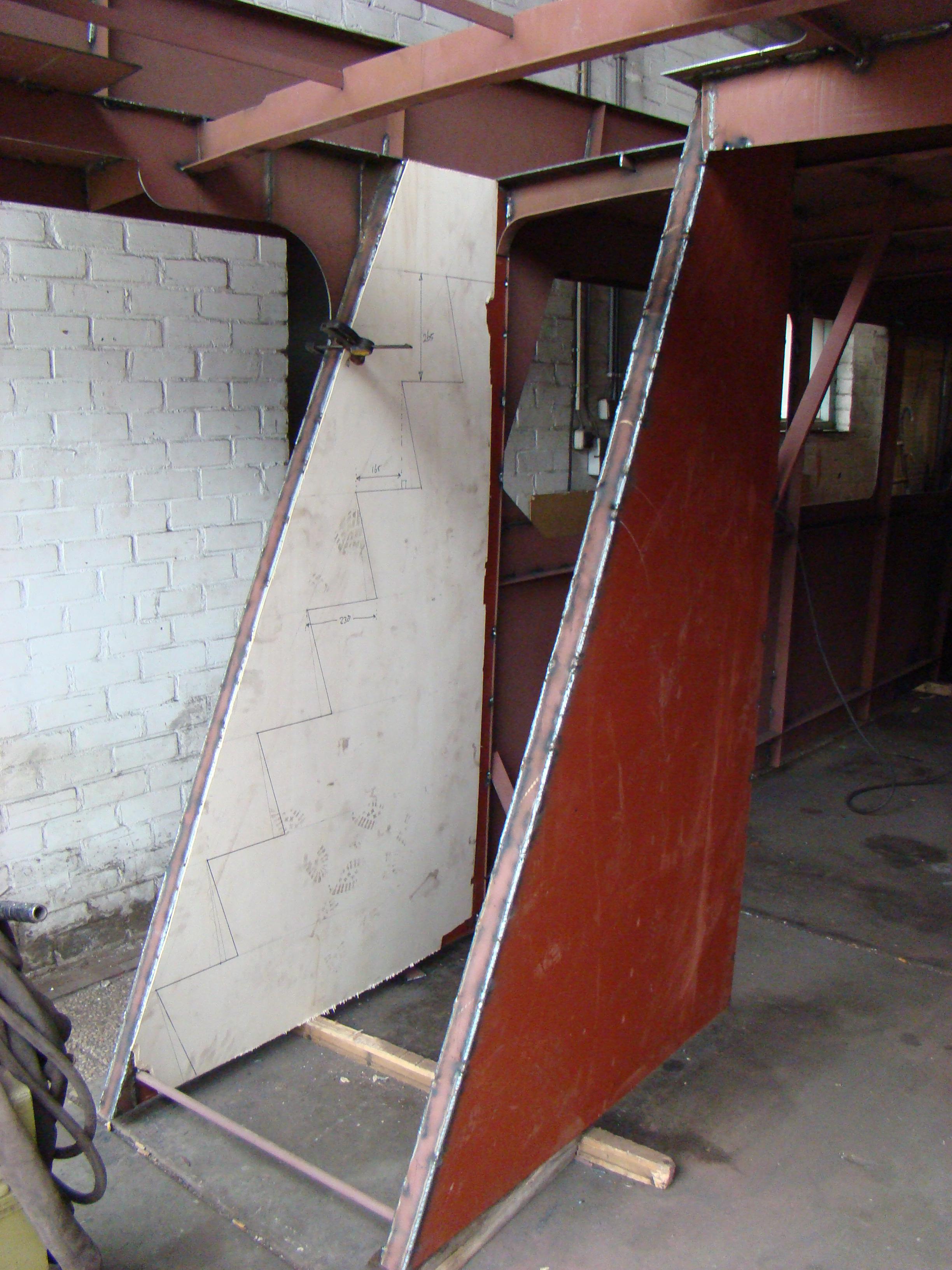 Gepuzzel met de vaste trap van motorjacht xanthiona for Trap berekenen formule